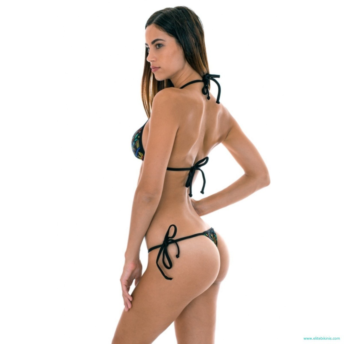 5655316e738 This black micro bikini, also known as thong, belongs to the 2018  collection by the known brand, Rio de Sol, and it's made in Brazil.