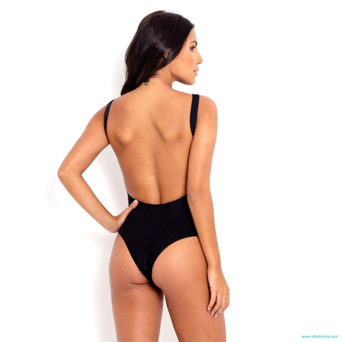 8646ef44c0e5c This black swimsuit, Maio Music, made in Brazil by Blue Man belongs to the  2018 collection. Made with 85% polyamide and 15% elastane and the interior  98% ...